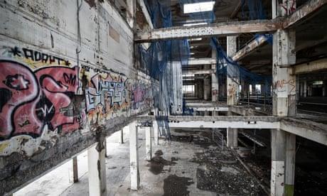 Demolition of Bristol eyesore makes way for university campus