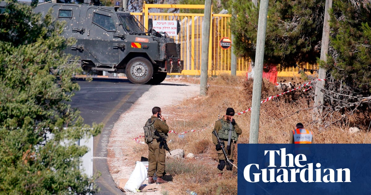 Manhunt after Israeli soldier stabbed to death in West Bank | World