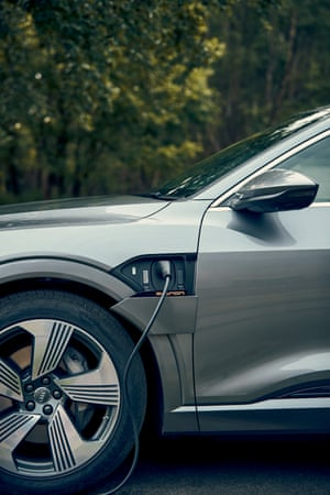 Charging the Audi e-tron