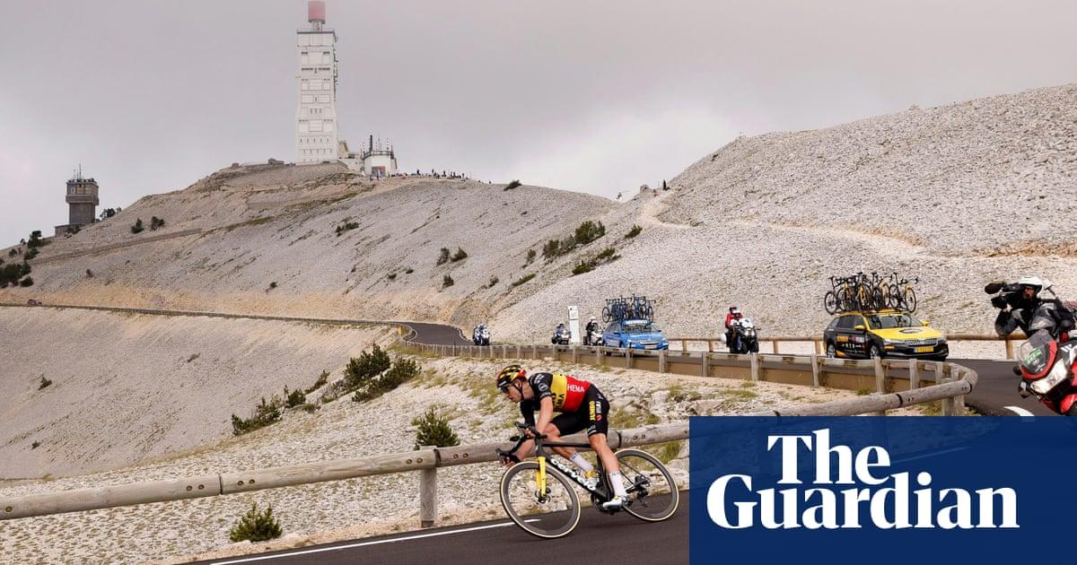 Wout van Aert delivers Tour masterclass on double ascent of Mont Ventoux