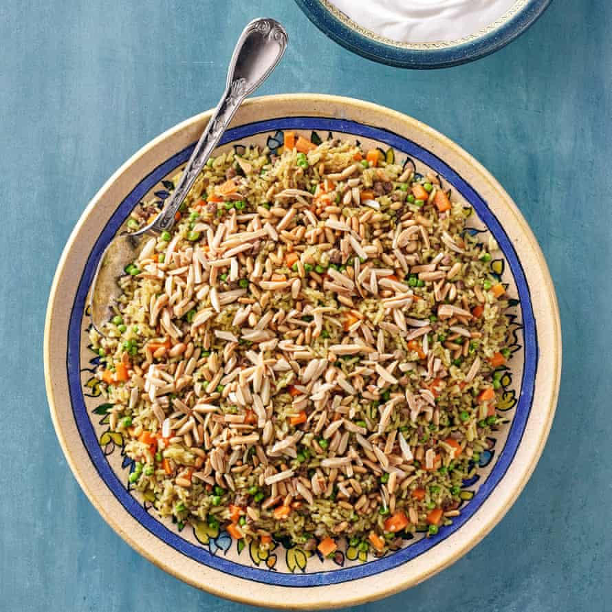 Ouzi rice with lamb, peas and carrots.