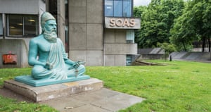 A statue of the Tamil poet Thiruvalluvaroutside the School of Oriental and African Studies