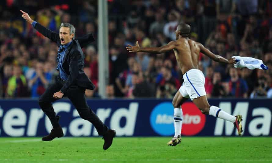 José Mourinho and Samuel Eto'o celebrate at Camp Nou after knocking Barcelona out of the Champions League.