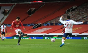 A shot from Rashford is deflected off Danilo for the equalising goal