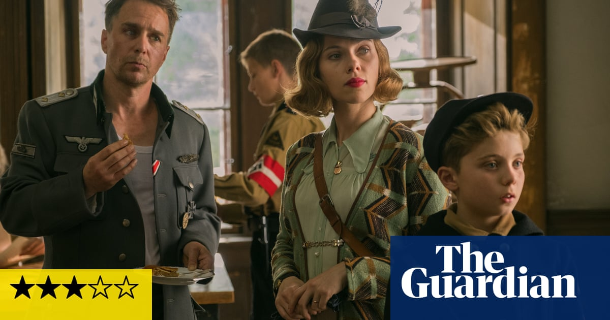 Jojo Rabbit review – down the rabbit hole with Hitler