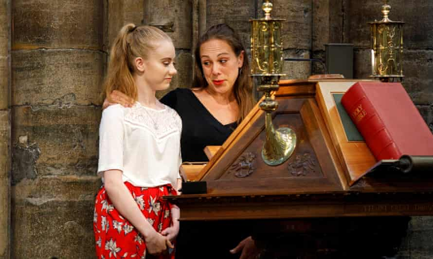 Freya Lewis, a survivor of the Manchester terror attack and Jenny Grant (R), a nurse who helped Freya with her injuries, speak during the service.