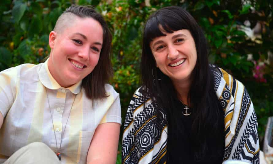 Sparkke winemaker Sarah Lyons (left) and head brewer, Agi Gajic (right).