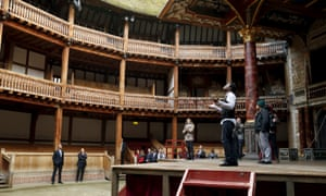 Obama watches the performance at the Globe