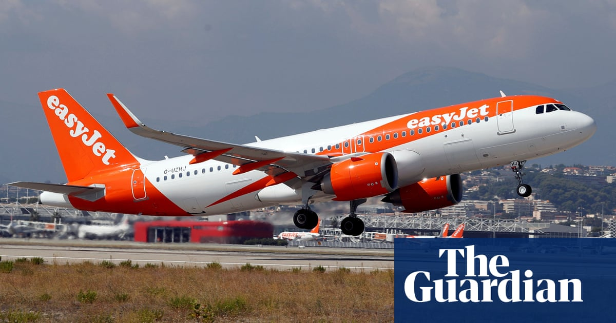 EasyJet forecasts £1.1bn loss but says recovery is under way