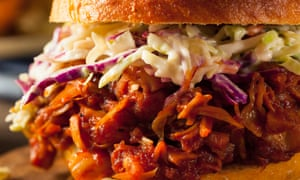 Vegan pulled jackfruit BBQ sandwich with coleslaw and chips