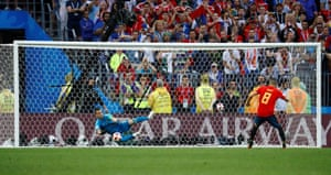 Akinfeev saves the penalty from Koke.
