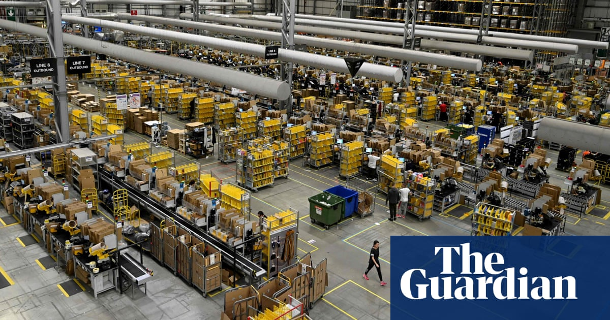 Trade unions urge EU to investigate Amazon effort to spy on workers