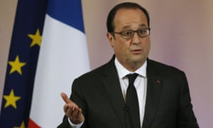 François Hollande in front of EU and French flags