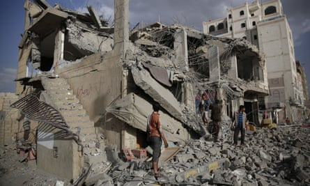 A Saudi-led airstrike in Sana'a, Yemen, destroys a house and kills a judge reputed to be a Houthi supporter.