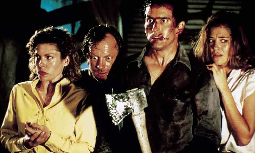 Sarah Berry, Dan Hicks, Bruce Campbell and Kassie DePaiva in Evil Dead 2.