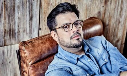 Vocally, he has a wide range of expressive colour ... Emiliano Gonzalez Toro.