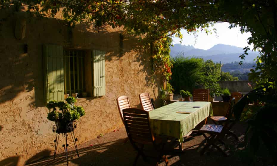 A private home with Les Dentelles, with view of Les Dentelles, Provence, France in the background
