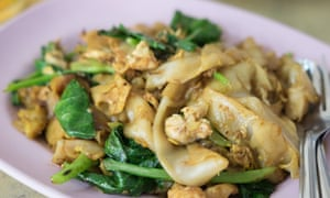 Padt siew: a beloved Thai dish made with Chinese broccoli and chewy hand-cut rice noodles.