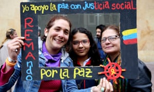 People participate during the Poder Ciudadano Foundation movement to support peace, in Bogota, Colombia, 15 July 2016