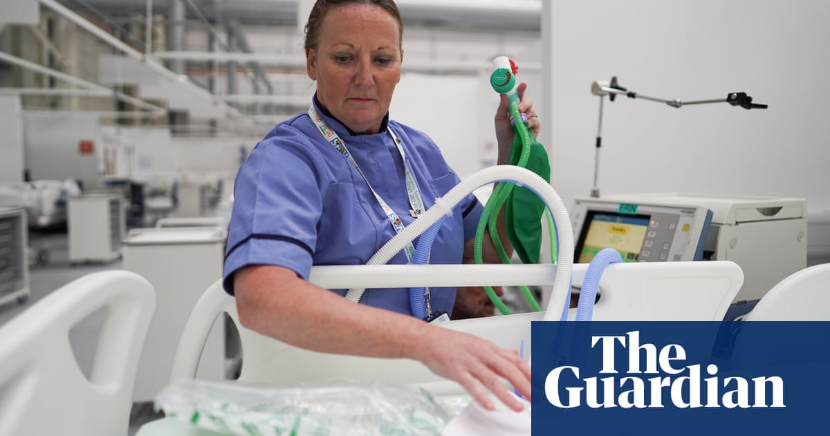 NHS alarm over rise in number of UK Covid patients on ventilators