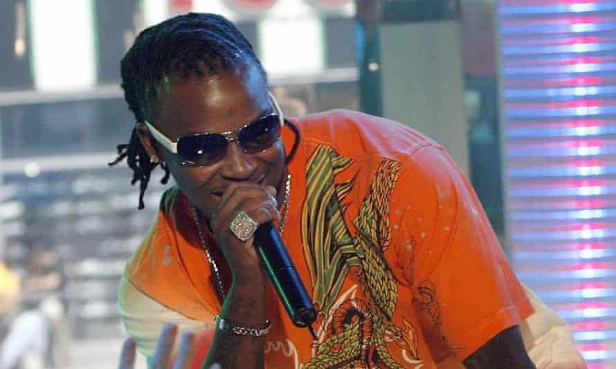 Rapper Huey performing on MTV in June 2007.