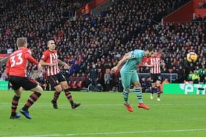 Mkhitaryan slams home a header from range