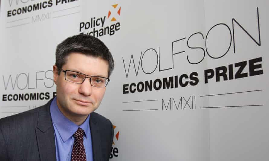 Next CEO Simon Wolfson
