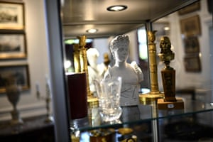 Items include a bust of Napoleon's wife Josephine