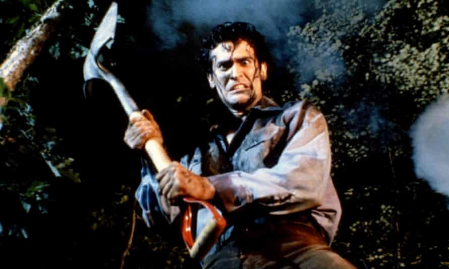 Bruce Campbell in Evil Dead II.