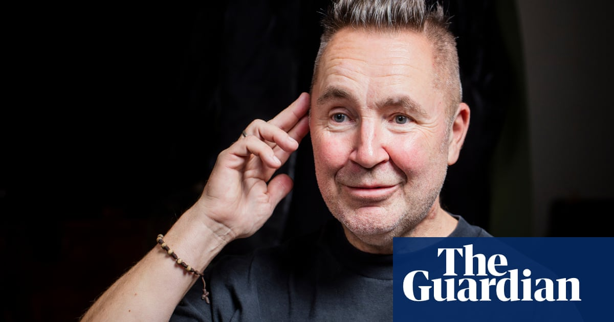 Nigel Kennedy on his Classic FM fight: 'Hendrix is like Beethoven, Vivaldi is more Des O'Connor'
