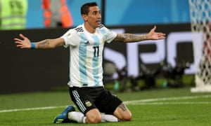 Ángel Di María appeals for a penalty that never comes.
