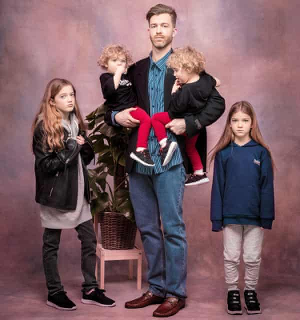 'Father of Daughters' blogger Simon Hooper with his four children.