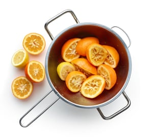 Halve the oranges, squeeze the juice in to a pan, collect the pips.