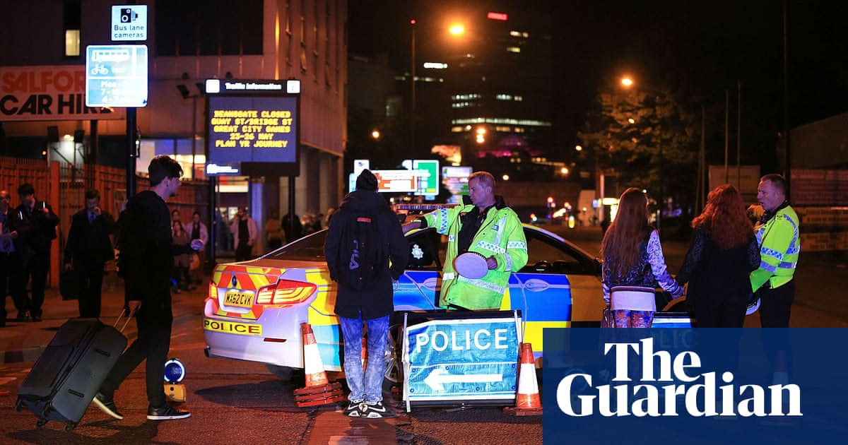 Manchester Arena Bombing Fire Service Arrived Two Hours Late Says
