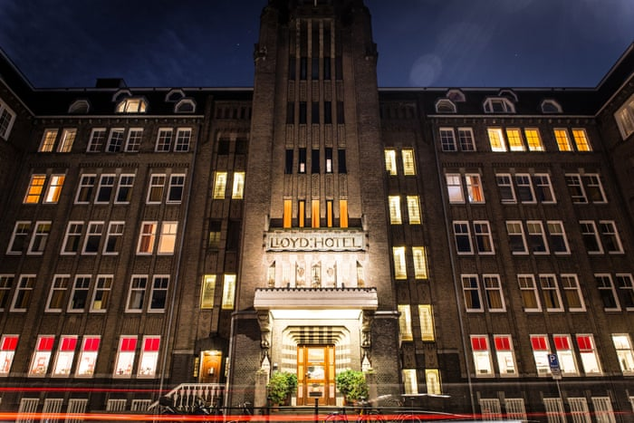 Top 10 affordable hotels, hostels and B&Bs in Amsterdam