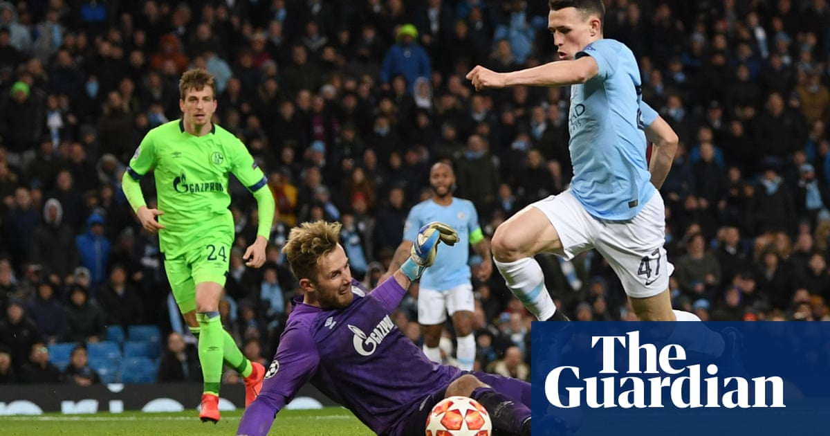 dbb95787868 Manchester City enjoy seven-goal stroll into last eight against limp ...