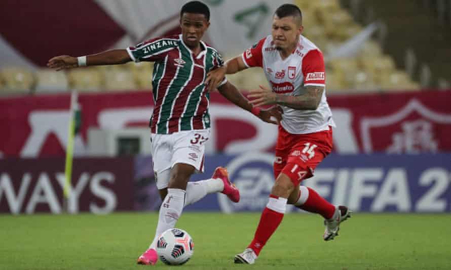 Kayky (left) in action for Fluminense.