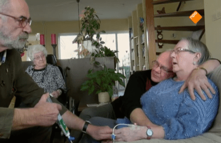 Hannie Goudriaan (right) in a documentary about euthanasia shown on Dutch TV in 2016.