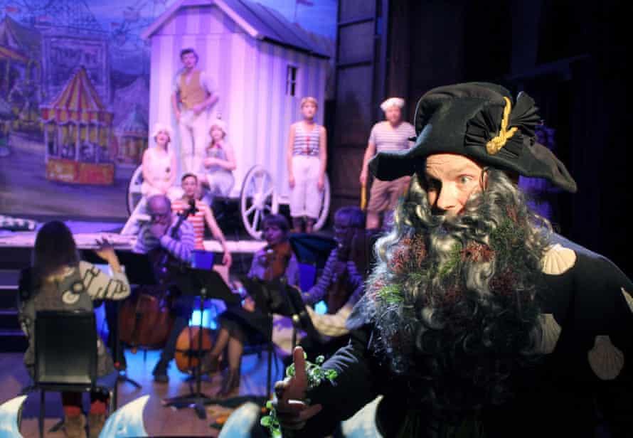 A production of Francesca Caccini's La Liberazione di Ruggiero as part of the Brighton early music festival, 2015