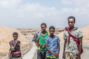 Four young migrants, from the Ethiopian region of Oromia, pictured a few kilometres north of Tadjoura on route to Obock