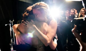 Emma Stone and Brie Larson at Oscars