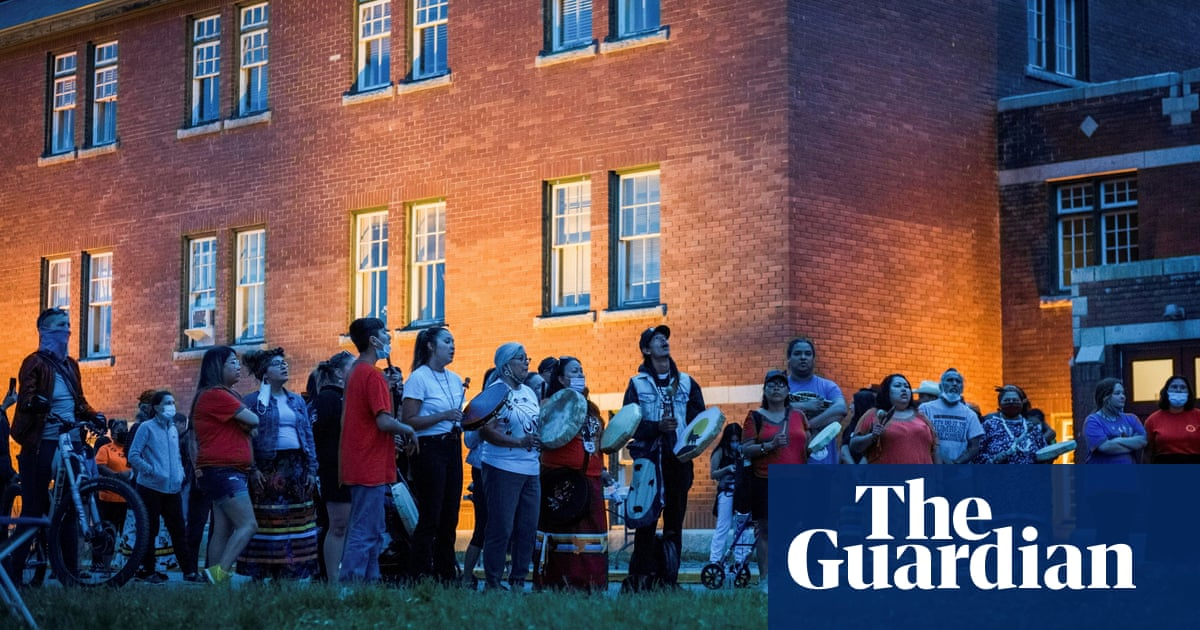 Canada: pressure on Catholic church to compensate victims of residential schools abuses