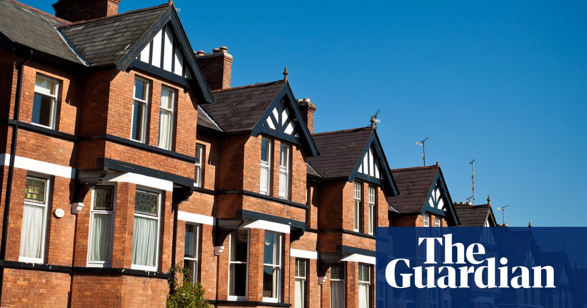 UK house prices rise at fastest rate since 2004 amid stamp duty rush