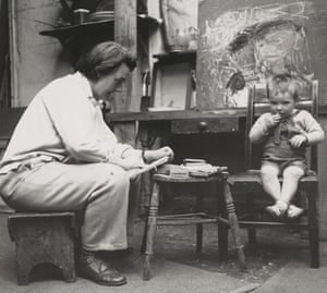 Joan Eardley sketching. Photograph by Audrey Walker. Collection: Scottish National Gallery of Modern Art.
