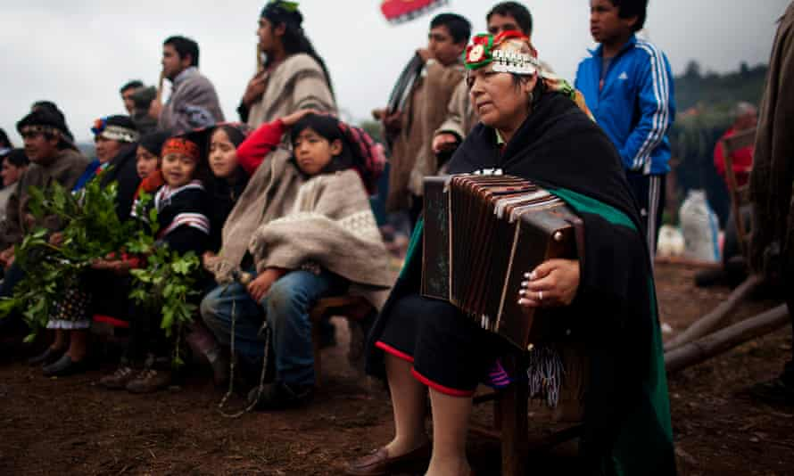 Around 1.5 million Mapuches live in Chile, and 200,000 in Argentina.