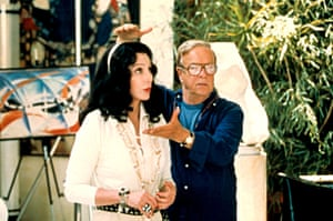 Zeffirelli directs Cher on the set of Tea with Mussolini