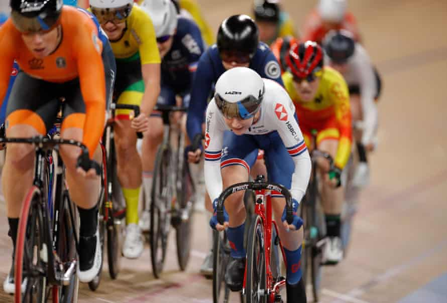 Laura Kenny (right) during the women's 10 km scratch race final at the UCI track cycling World Championship in Berlin in February 2020