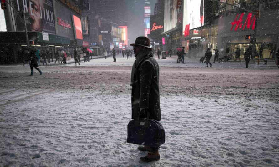 unimpressive times square snow