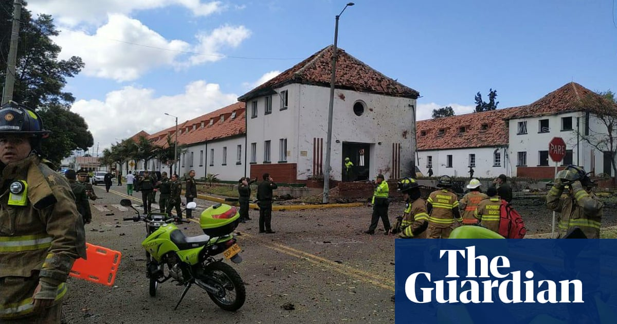 Car bomb kills at least eight at police academy in Bogotá