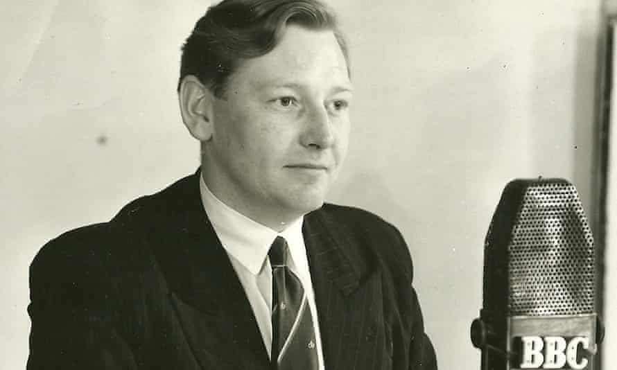 Ray Lakeland is particularly remembered for his coverage of the 1960 Grand National, the first time a camera was attached to the top of a vehicle to keep pace with runners and riders